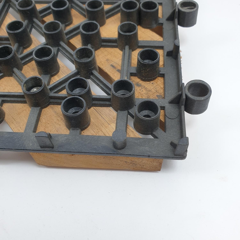 SJK แผ่นไม้สักปูพื้นสำเร็จรูป  ขนาด 30x30ซม. ลายลูกฟูกลอนเต็มเฉียง