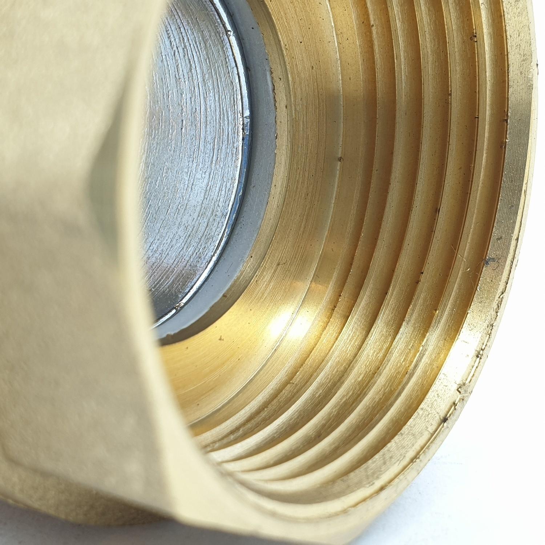 "VAVO บอลวาล์วทองเหลือง    1 1/4"" YF-5023   สีทอง"