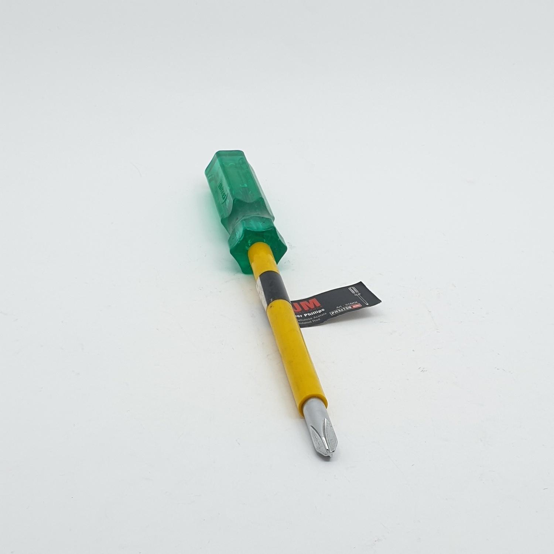 BAUM ไขควงปากแฉก ด้ามเขียว หุ้มฉนวน PH3X150 MM. 316AX