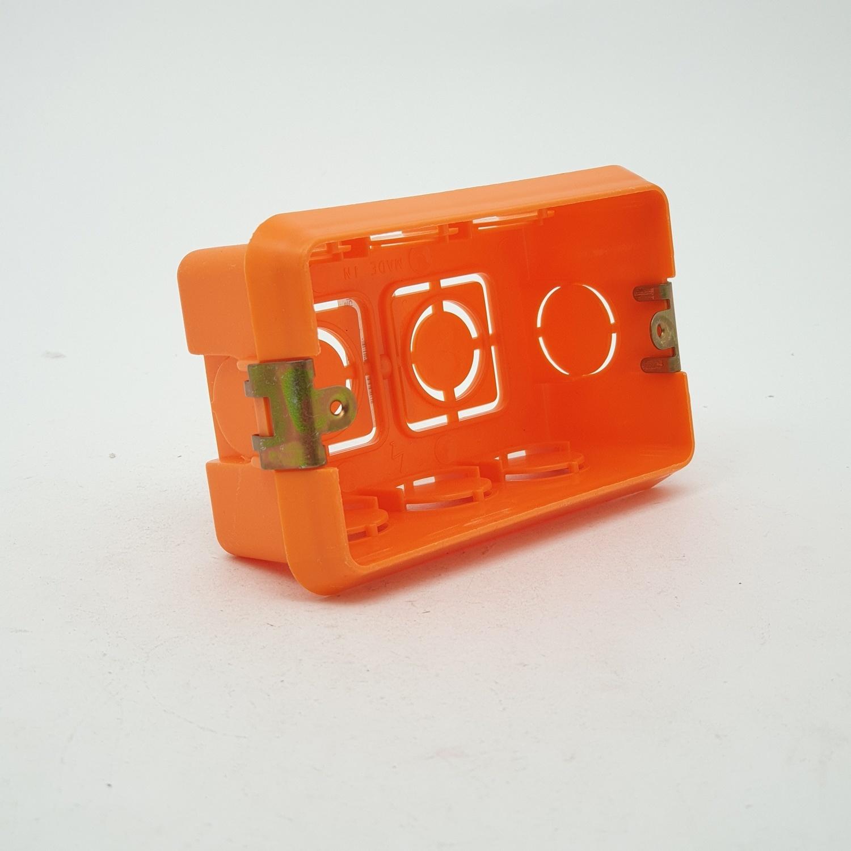 V.E.G บล๊อคส้ม   ขนาด 2*4 สีส้ม