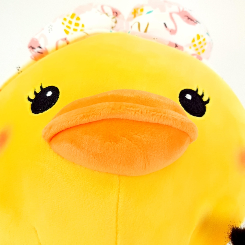 USUPSO หมอนตุ๊กตาเป็ดนั่ง make up ติดขนตา 35 ซม.  (#O9)
