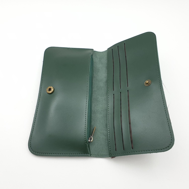 USUPSO  กระเป๋าหนังผู้หญิง แบบยาว  Vintage  สีเขียว