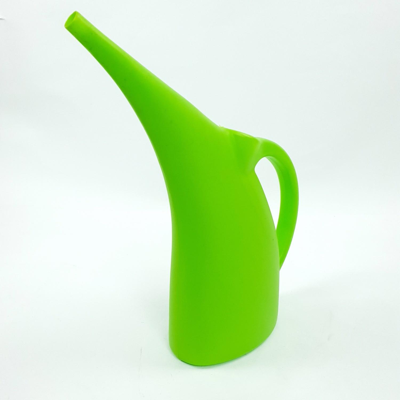 - บัวรดน้ำพลาสติก 3000ml  ZSM-017-GN สีเขียว