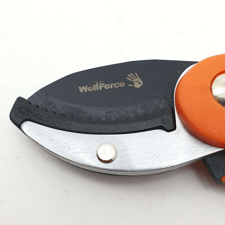 WELL FORCE กรรไกรตัดกิ่ง Wellforce 82137