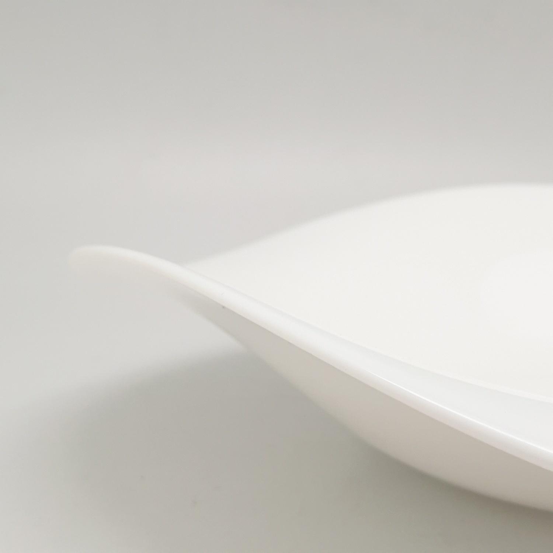 ADAMAS จานโคลเวอร์ ขนาด 8.5 นิ้ว SYP85 สีขาว