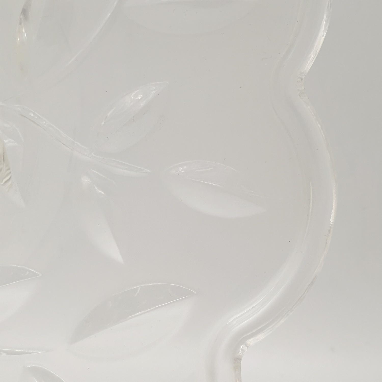 UCHI ถาดอะคริลิค ขนาด 30x30x8ซม. YZH024