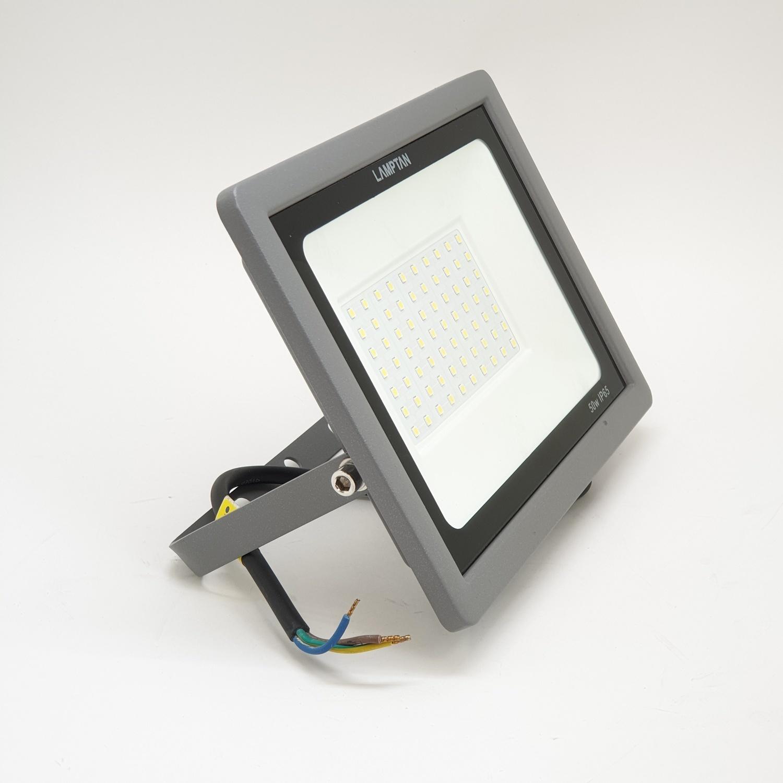 LAMPTAN โคมไฟแอลอีดีฟลัทไลท์  Gloss 50w แสงเดย์ไลท์  สีดำ