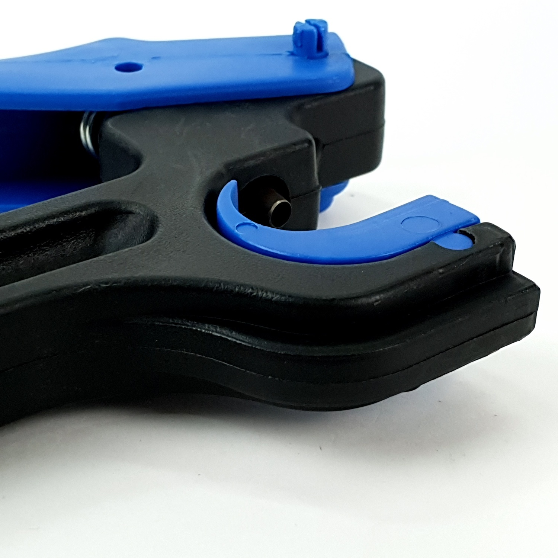 Super Products ที่เจาะรูท่อพีอี 25 - 32 มม. HPX ดำ-เขียว
