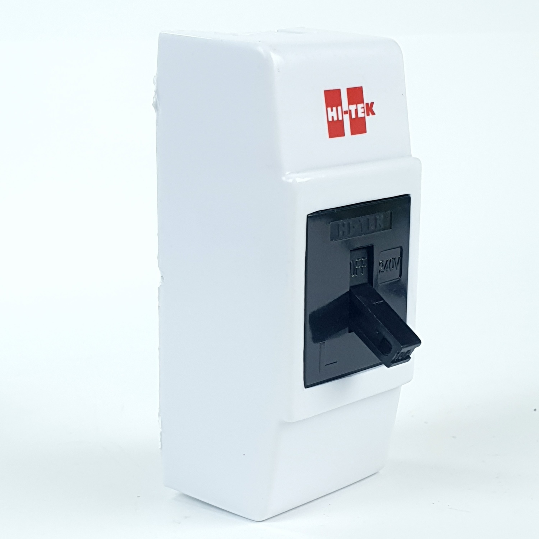 HI-TEK เบรคเกอร์10Aสีดำ+กล่อง HCB28010BK