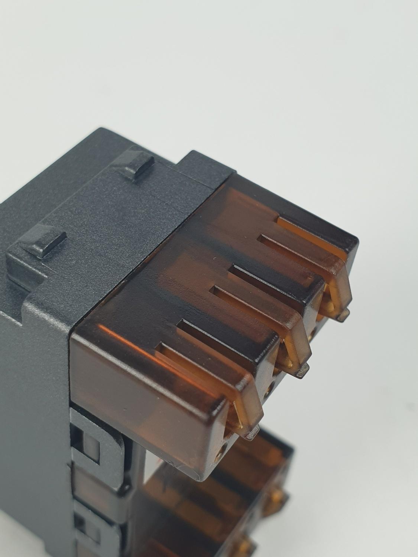 CHANG เต้ารับโทรศัพท์ PCH-906C-BK สีดำ(เม็ททัลลิค)-ช้าง PCH-906C-BK Y-Series Metallic สีดำ