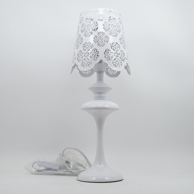 EILON โคมไฟตั้งโต๊ะ Classic MT42905-1 สีขาว