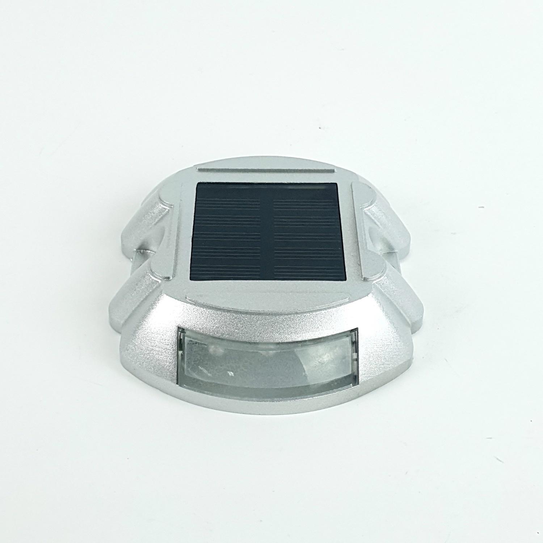 ELON โคมไฟถนนพลังงานแสงอาทิตย์กลางแจ้ง XL TD-1515