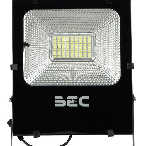 BEC โคมฟลัดไลท์ LED โซล่าร์ 50W  6500K  Cheetah สีดำ