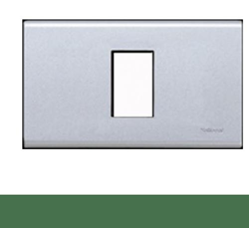 PANASONIC ฝา 1 ช่อง สีเมทัลลิคขาว WEG 6801MW
