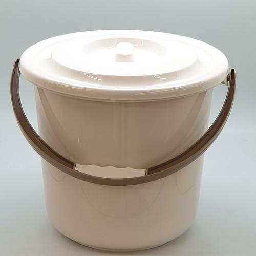 - ถังพลาสติกพร้อมฝา ขนาด 31.50x31.50x28 รุ่น  EDS059 สีขาว  ขาว