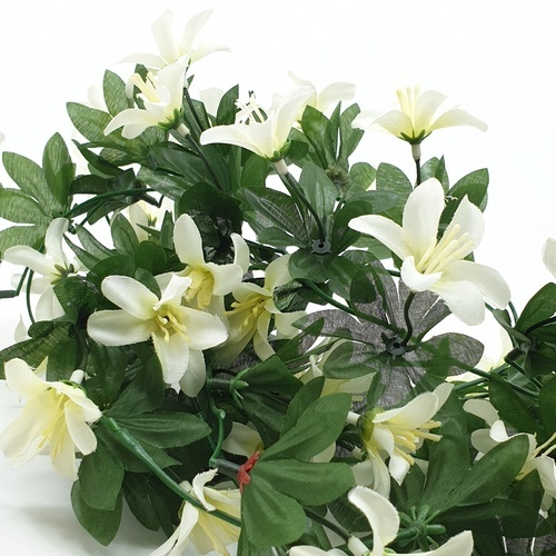 Tree O ดอกไม้ประดิษฐ์ ขนาด 80ซม.  HZGY-018 สีขาว