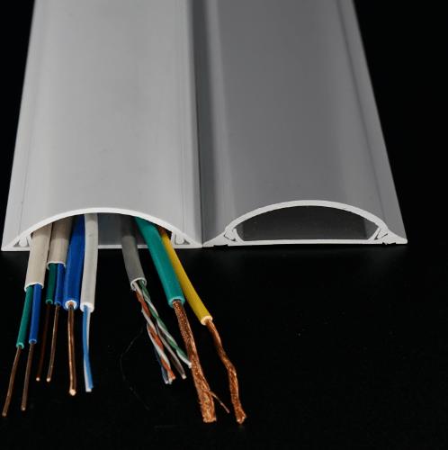 ELEKTRA รางเก็บสายไฟแบบโค้ง  16x65 มม. 2 เมตร RCT-6516-2MW สีขาว