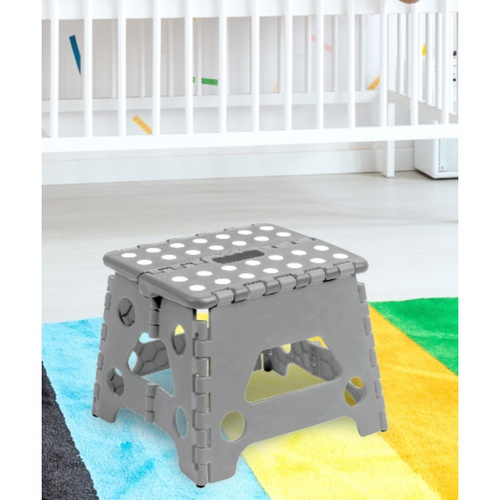 SAKU  เก้าอี้สตูลพับหิ้วได้ คละสี TG59228