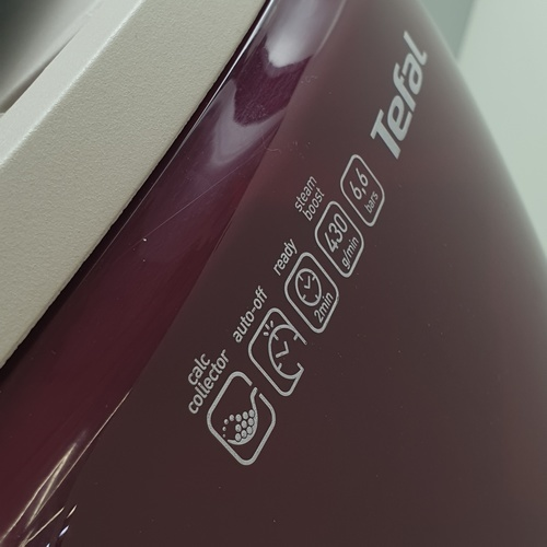 TEFAL เตารีดไอน้ำแยกหม้อต้ม ขนาด 2400 วัตต์  GV7810 สีแดง