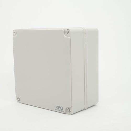 V.E.G กล่องกันน้ำพลาสติก ขนาด 175x175x100 mm. THE-16 สีขาว