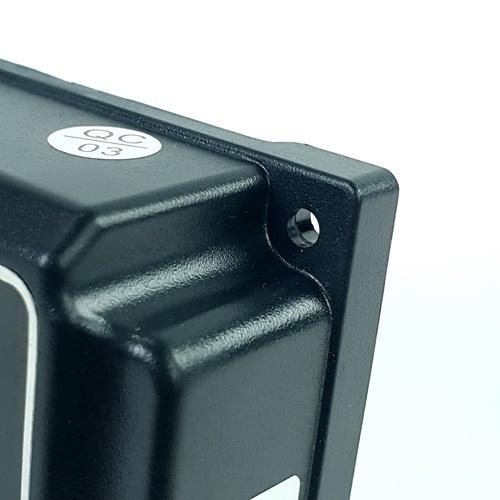 SUOER อุปกรณ์ควบคุมการชาร์จแผงโซล่าร์เซลล์ PWM ST-W1230 30A 12V/24V