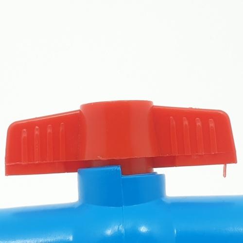 VAVO บอลวาล์วพีวีซี แบบมีเกลียว  1นิ้ว สีฟ้า