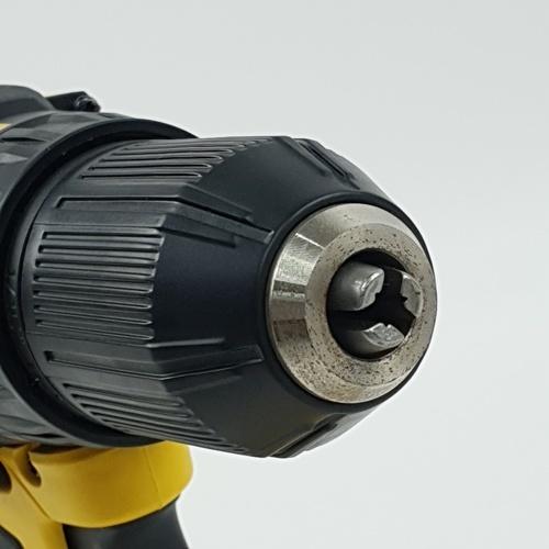 STANLEY สว่านไฟฟ้าไร้สาย 18V Brushless  SBD201D2K-B1