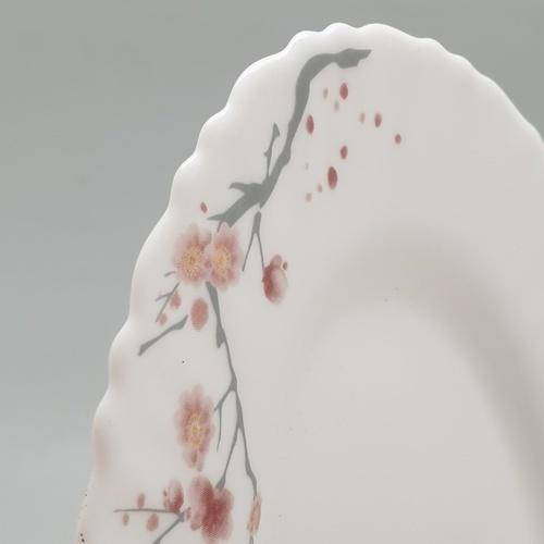 ADAMAS จานเปลโอปอลขอบริ้ว ขนาด 8 นิ้ว HYP80-496 ขาว