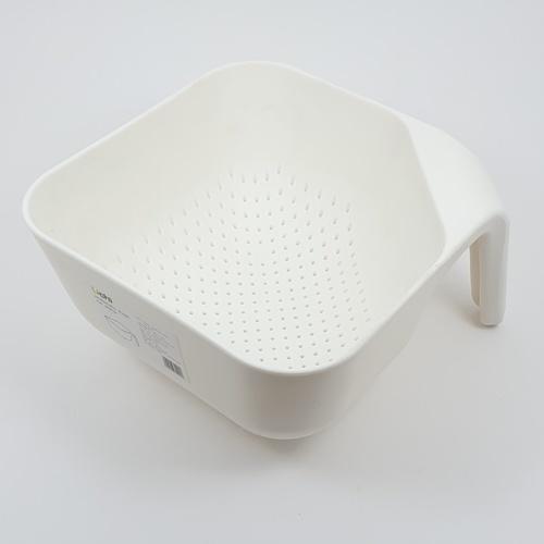 UCHI ตะกร้าซาวข้าว ล้างผัก ขนาด 19.5*19.5*11.5 cm. ZZJ010-WH สีขาว
