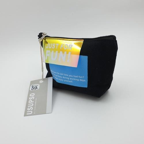 USUPSO กระเป๋าเครื่องสำอางค์ - สีดำ