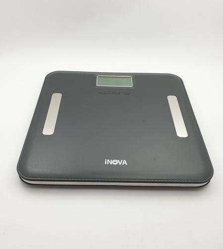 INOVA เครื่องชั่งน้ำหนักและวัดมวลไขมัน ดิจิตอล  EF751H BLK  สีดำ