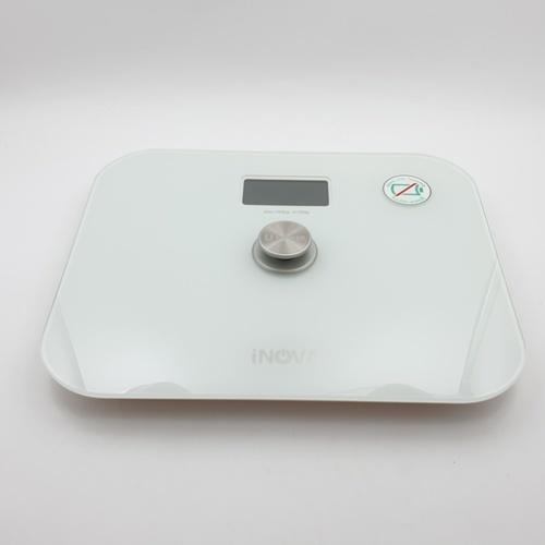 INOVA เครื่องชั่งน้ำหนัก (แบบไร้แบตเตอรี่) YHB1710 สีขาว