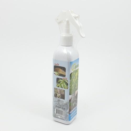 GREEN GARDEN สมุนไพรสกัดชนิดฉีดพ่น เร่งรากและป้องกันเชื้อรา 300 ml.  -
