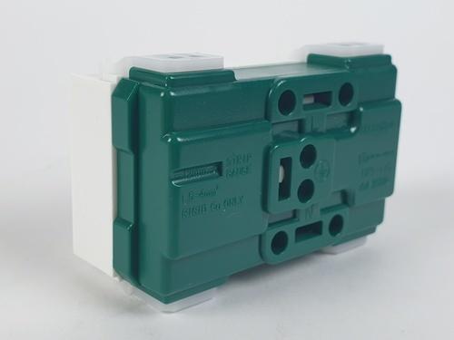 G-POWER เต้ารับคู่มีกราวด์-ขากลมแบน CPS-116