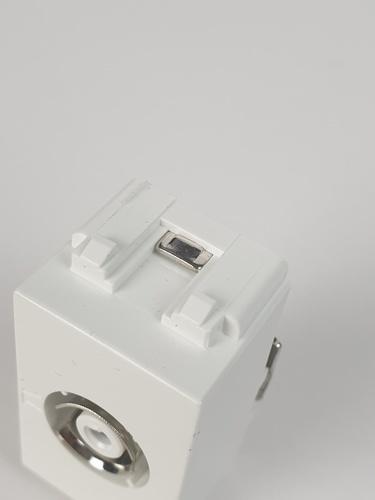 Gpower เต้ารับโทรทัศน์  TV-1 สีขาว