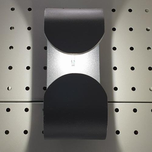 EILON โคมไฟผนังโมเดิร์น กันน้ำ IP65 7W*2 SZ-2847
