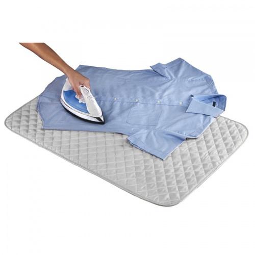 SAKU ผ้าปูรองรีดสะท้อนความร้อน ขนาด 48×85×0.5ซม.  สีเงิน พร้อมแม่เหล็ก 4 มุม MH04B
