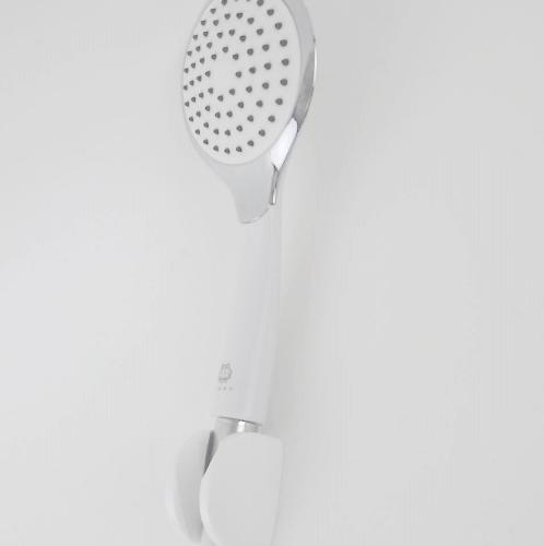 TIGER ฝักบัวอาบน้ำขอบโครเมี่ยม  EPS 01 สีขาว