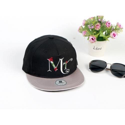 USUPSO หมวกแก๊ป  Rose letter สีดำ