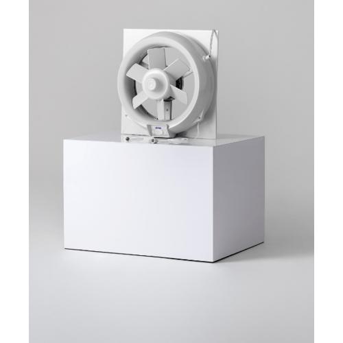 Victor พัดลมระบายอากาศ 8นิ้ว สำหรับติดกระจกพร้อมชัตเตอร์กันแมลง VG-202TZ สีขาว