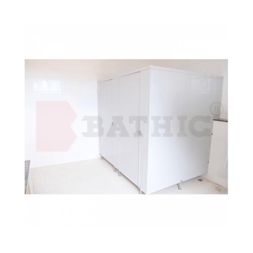 BATHIC  ผนังห้องน้ำพีวีซี 10x195ซม.  แผงพาร์ทิชั่น  สีครีม