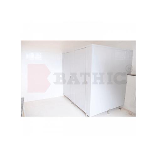 BATHIC ผนังห้องน้ำพีวีซี แผงพาร์ทิชั่น 160x190 cm.สีครีม BATHIC PT สีครีม
