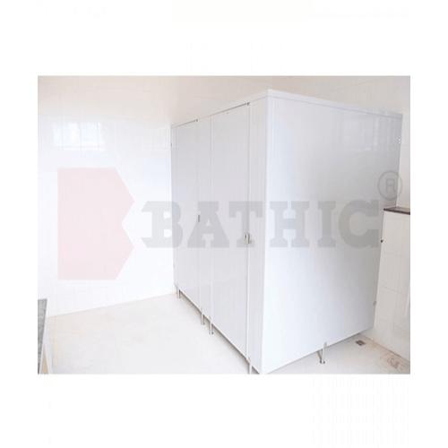 BATHIC ผนังห้องน้ำพีวีซี แผงพาร์ทิชั่น .สีครีม  20x195 cm