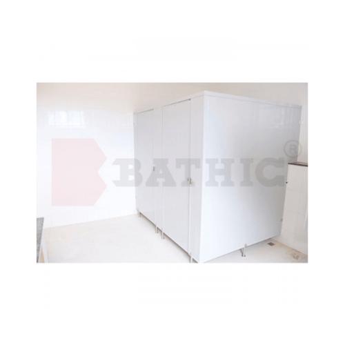 BATHIC ผนังห้องน้ำ PVC แผงพาร์ทิชั่น 130cm.x162cm. สีครีม BATHIC PT สีครีม
