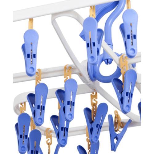 - ห่วงตากผ้าพลาสติกพับได้ 24 ตัวหนีบ สีฟ้า-ขาว EJK009