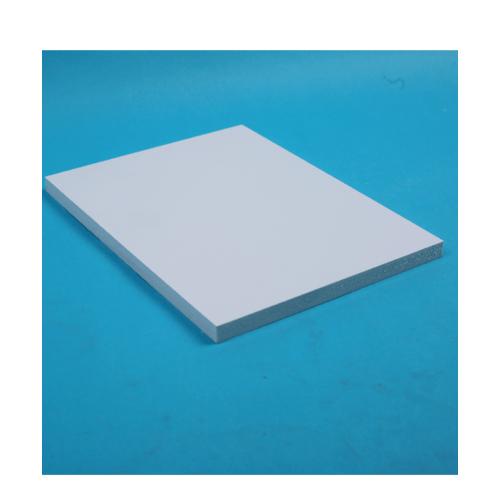 Lisse แผ่นพลาสวูดเรียบ ขนาด120*240*1.0  HY-101 สีขาว