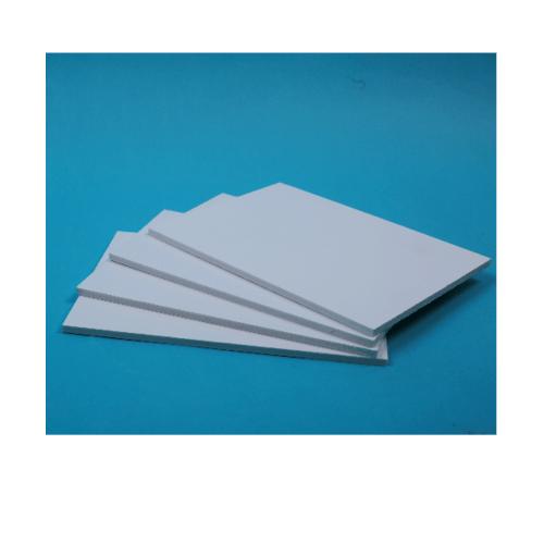 Lisse แผ่นพลาสวูดเรียบ ขนาด120*240*0.6 HY-102 สีขาว