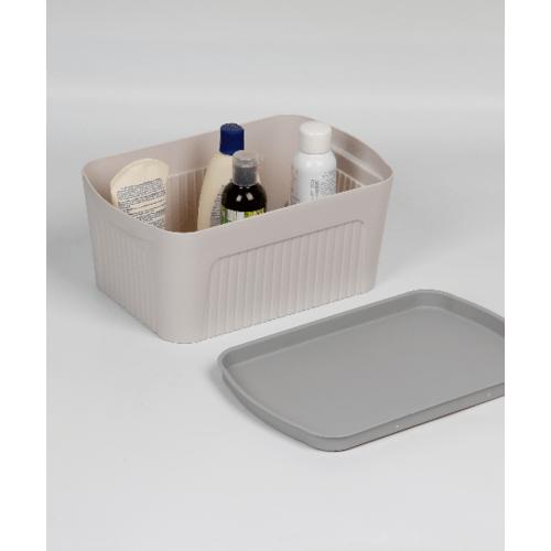 SAKU  กล่องเก็บของพลาสติกมีฝา 7ลิตร ขนาด 32.5x21.5x14ซม.  TG51281 สีชมพู ฝาเทา