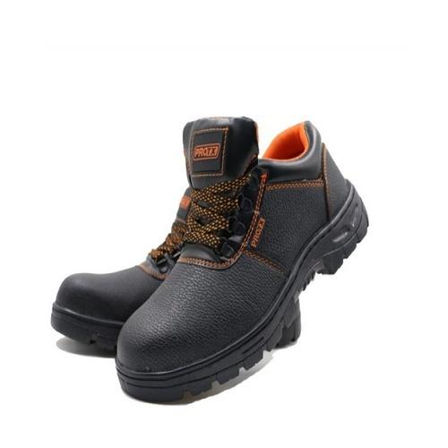 Protx รองเท้าเซฟตี้ พื้นเหล็ก เบอร์44  PT102 สีน้ำตาล