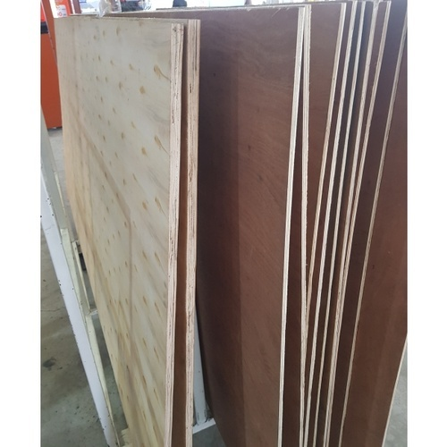 GREAT WOOD ไม้อัดไส้ไม้ PACKING GRADE #10 120x240ซม.
